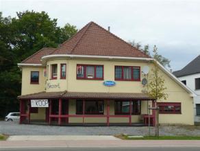 Zeer goed gelegen handelspand met diverse mogelijkheden.<br /> <br /> Thans ingericht als café, de verdieping werd recent gerenoveerd en kan