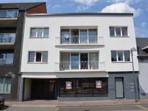 Ruim, polyvalent handelspand met centrale ligging op de Grotestraat in Genk. Incl. ruime parking aan de achterzijde van het gebouw. Geschikt voor dive