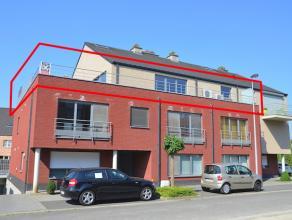 Ruim en luxueus afgewerkt penthouse in de residentie Anne Rutten vlakbij het stadscentrum van Hasselt. Incl. 3 garages en kelderberging.<br /> <br />