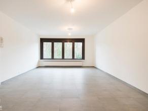 Dit mooie appartement maakt deel uit van een kleinschalige residentie langs de Herebaan-Oost in Houthalen-Helchteren, de verbindingsbaan naar Genk (Zw