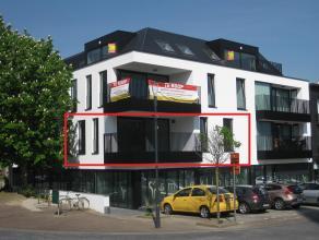 Mooi en ruim appartement (101 M2) met 2 slaapkamers en terras, gelegen in Residentie Marktzicht te Zolder-Centrum.<br /> <br /> In de directe omgeving