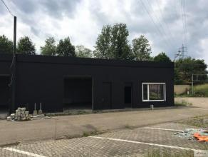 Gerenoveerde magazijnruimte gelegen op het bedrijventerrein van Hasselt, in de Walenstraat. Zeer goede verbinding met de E313-E314. Het gebouw bestaat
