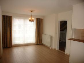 Gezellig appartement met 1 slaapkamer in het stadscentrum van Sint-Truiden.Het appartement bestaat uit living, keuken, badkamer met ligbad en 1 slaapk