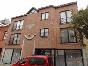 Mooi gelijkvloersappartement met 2 slaapkamers in het stadscentrum van Sint-Truiden en op wandelafstand van de Grote Markt.Het appartement bestaat uit
