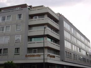 Appartement met 2 slaapkamers in het stadscentrum van Sint-Truiden, vlakbij het station en op wandelafstand van de Grote Markt.Het appartement bestaat