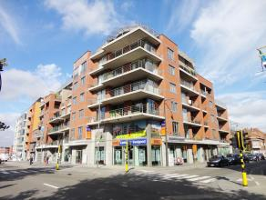 Ruim appartement met 1 slaapkamer gelegen op de kleine ring in Hasselt. Met 82 m² woonoppervlakte en een ruim terras in het verlengde van de woon