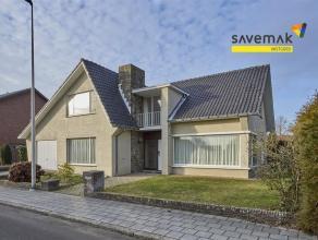Deze zeer ruime woning op een perceel van 6a63ca, is gelegen in een rustige straat en toch op wandelafstand van het centrum van Overpelt. In 2009 werd