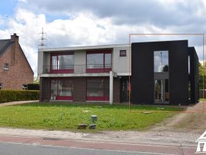 Nieuwe, moderne halfopen woning Overpelt Lindel - perceeloppervlakte: +/- 609m² - bewoonbare oppervlakte: 137,25m² - 2 ruime slaapkamers - 1