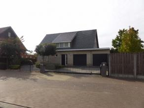 Gezinswoning te Achel-statie op een perceel van 5a33ca. De woning werd gebouw in 2006 en is voorzien van alle modern comfort. De tuin van is georiente