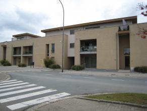 Rustig gelegen in Opoeteren, modern ruim appartement (92 M2) gelegen op het gelijkvloers, deeluitmakend van een hedendaags complex bestaande uit 15 ap
