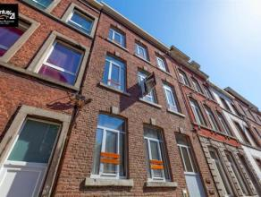 LIEGE Centre - Immeuble de rapport totalement en ordre (urbanisme, toiture, etc.) comprenant 15 kots toujours loués facilement depuis 1991. Loy