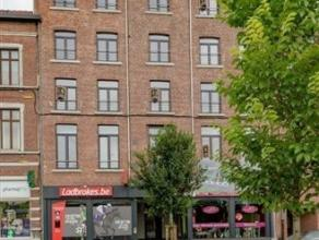 Au c?ur de Waremme, cet appartement basse énergie rénové en 2016 est situé au 4ème étage d'une réside