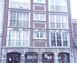LIEGE CENTRE : Situé à proximité de la Place du Marché, des commerces et transports en commun, très bel appartement