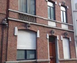 LIEGE : Situé à proximité du centre de Liège et de ses commerces, proche des accès d'autoroute, transports en commu