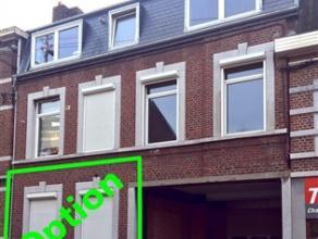 Appartement de 55m² situé au  rez-de-chaussée d'une maison et à proximité de toutes commodités.    Cuisine de