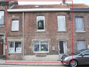 Maison se composant au rez-de-chaussée: hall d'entrée (9m²), salon (16m²), salle à manger (11m²), salle de jeu (7m