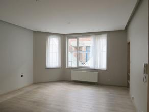 A découvrir, bel et spacieux appartement 1 chambre en plein centre de Namur ! Situé au 2ème étage, cet appartement 1 chamb