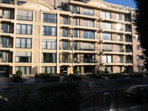 Bel appartement état impeccable, 1er étage, quartier résidentiel,100 m², hall dentrée, grand séjour, cuisine &