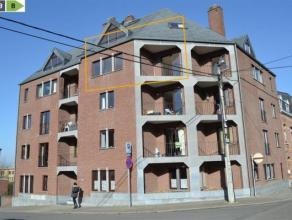 Namur-Salzinnes<br /> Situé dans une résidence moderne et récente, venez découvrir ce magnifique appartement duplex b&eacu