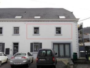 FLOREFFE<br /> Bel appartement bénéficiant de 2 chambres situé en plein coeur du village de Floreffe. (Proximité commerces