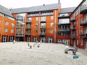 Namur (Centre) idéalement situé au centre-ville dans une jolie résidence bénéficiant d'une grande cour intér