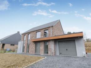 Espace, luminosité et confort... Cette vaste maison dotée de 4 chambres est faite pour votre famille.<br /> Plus de100 m2 agréabl