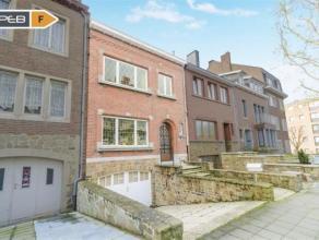 Salzinnes, charmante maison de ville de 105 m2 idéalement située proche des commodités Elle vous séduira par son charme, s