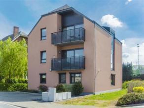 JAMBES...AU REZ-DE-CHAUSSEE d'une petite copropriété, appartement bénéficiant de 2 chambres, terrasse et Jardin.<br /> A p