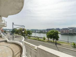 NAMUR laissez vous séduire par ce superbe appartement vue Meuse de 2 chambres à proximité du centre ville. Tout confort, parquet