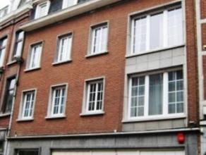 !! option !!Rue Julie Billiart, 36 à 5000 Namur.Studio bon état de 24 m² au 2ème étage sans ascenseur.Composition : H