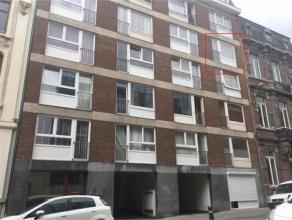 Rue Dewez, 37/44 à 5000 NAMUR. Studio situé au 4e étage d'un immeuble avec ascenseur, dans une rue calme, à 5mn de la gare