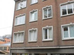 Bénéficiant d'une belle situation en plein coeur de Namur, nous proposons un appartement rénové au 3ème étag