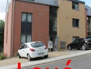 Situé dans un environnement calme, à proximité des transports en communs, dans une construction récente, bel appartement d