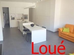 Au coeur du faubourg de Salzinnes et à proximité de tous commerces et facilités, nous proposons un magnifique appartement moderne