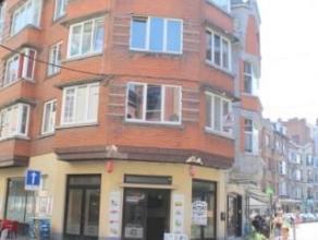 Dans un quartier pietonnier à 100m de la gare, nous proposons 2 appartements 2 chambres de 70m² au 3ème et au 4ème ét