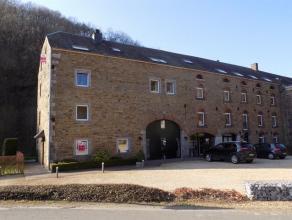 CRUPET - A louer, duplex 3 chambres, situé dans un des plus beaux villages de Wallonie, non loin de la clinique de Mont-Godinne et de la E411.