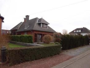 Logée dans l'agréable hameau de Fays, venez apprécier cette magnifique villa 4 façades profitant de 5 chambres et d'un bea