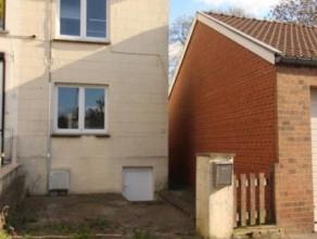 Maison d'habitation 3 façades entièrement rénovée en 2012 et 2014 (toiture, châssis, sanitaires, cuisine, chauffage