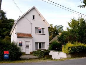 !! Compromis en cours !!!MARCINELLE HUBLINBU, Belle petite villa quatre façades avec jardin dans un quartier calme et boisé, proche des