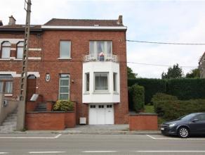 MARCINELLE Très belle maison bel étage sur garage. Entièrement rénovée. Très agréable et lumineuse. a