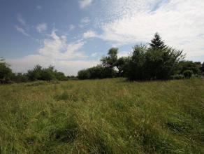 Mont-sur-Marchienne : à vendre terrain à bâtir d'une superficie de 12.900m2 au coeur d'un quartier semi résidentiel proche