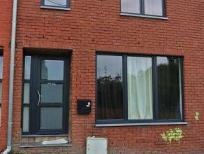 agréable maison 2 chambres située dans un quartier calme de Mont sur Marchienne proche de toutes les commodités ( commerces, tran
