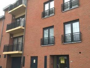 """Dans la résidence """"Le Cap"""", un appartement au 3ème étage comprenant :Hall - Living (30m²) - Cuisine équip&eacut"""
