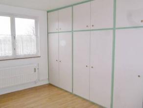"""RESIDENCE """"PASTUR""""Appartement situé au 2ème étage avec ascenseur comprenant : hall d'entrée (10m²), living (28m²"""