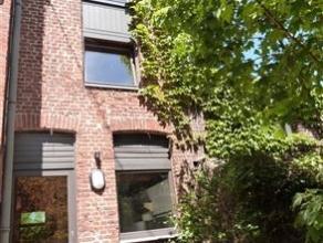 Petite maison située à proximité du centre de Mont/S/Marchienne. Maison pouvant convenir pour une personne seule ou un couple san