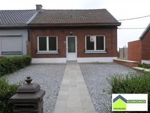 Bonne maison trois façades rénovée sur deux niveaux - située dans un quartier calme Libre de suite Rez. (au niveau de la r