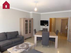 Adresse : Chausse de Chatelet, 42 Appartement 2 chambres situ dans un cadre champtre aux abords d'un parc, au calme, non loin des commerces de proximi