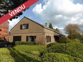 Adresse : Chausse de Charleroi, 472 (VENDU)Superbe villa 4 faades pouvant tre amnage en plain pied ou sur 2 tages avec double terrasse couverte et car