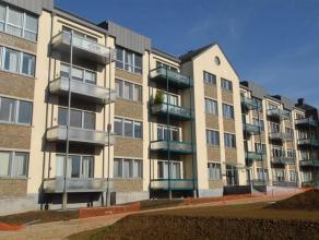 Arlon. Bel appartement 2 chambres, situé au premier étage de la résidence, terrasse plein sud, cuisine équipée, bua