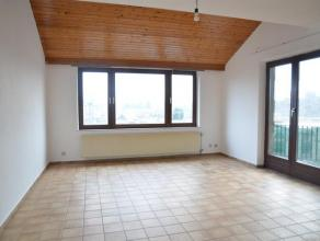 Arlon. Bel appartement situé au centre d'Arlon, proche de la gare (sans les nuisances) et de tous les commodités.L'appartement comprend